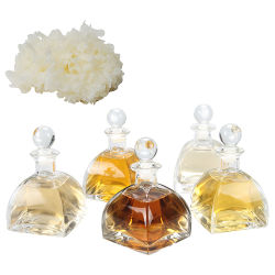 Os produtos cosméticos de cogumelo com Tremella Fuciformis líquidos