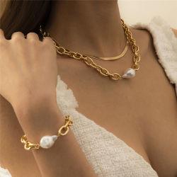 Europäischer und amerikanischer Gold- und Silberschmuck flacher Schlangenknochen Kette Cuban Hip Hop Punk Ins Perlen Nähte Kette Clavicle Halskette Armband Set für Frauen