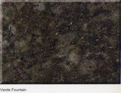 平板のためのVerdeの噴水カラー磨かれた花こう岩かタイルまたは階段または流し