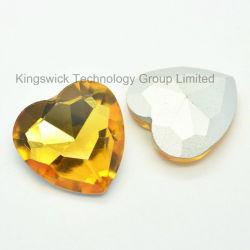 トパーズの中心の形ポイント背部水晶の石