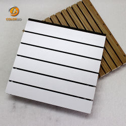 Wit Melamine-Oppervlak Grooved Wood Timber Akoestisch Paneel