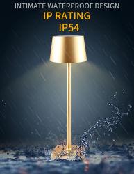 장식적인 황금 알루미늄 그늘을%s 가진 건전지에 의하여 운영하는 코드가 없는 재충전용 LED 책상 테이블 램프