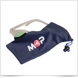 한 쪽 단점이 있는 Phone Pouch와 Bag for glasses입니다