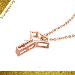 Collana chiave elegante dell'oro della collana 18K Rosa della catena del maglione di disegno con il diamante