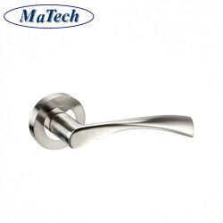 La precisione personalizzata ha lanciato la maniglia di portello del pezzo fuso del metallo dell'acciaio inossidabile