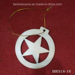 Piccolo regalo Cinque-Aguzzo d'attaccatura di scultura di legno Handmade della decorazione della stella del mestiere per l'ornamento di natale