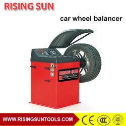 Equilibrio de la rueda del coche Auto del equipo de servicio con CE