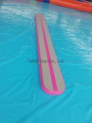 매트를 훈련하는 수중 스포츠에 사용되는 휴대용 팽창식 요가 매트