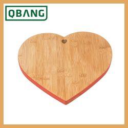 Mestiere di legno di bambù a forma di del blocchetto di spezzettamento della decorazione della cucina della scheda di taglio di cerimonia nuziale del cuore di bellezza