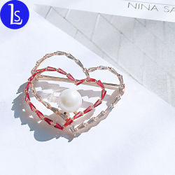 La moda de alta calidad Zircon broche en forma de corazón de cristal