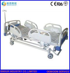 Letto di ospedale elettrico registrabile multifunzionale di cura con la battagliola di plastica