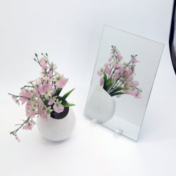 أثر قديم كبيرة يشكّل حامل قفص مرآة يرتدي أرضيّة [فنيتي ميرّور] زجاج