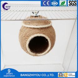 Nest van de Vogel van het Nest van de Papegaai van de Eekhoorn van de Hamster van de Papegaai van het Nest van de Hamster van de papegaai het Met de hand gemaakte