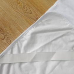방수 면에 의하여 누비질되는 매트리스 프로텍터 패드 매트리스 덮개 홈 직물