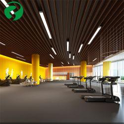 La madera del techo interior compuesto de plástico resistente al agua en el techo