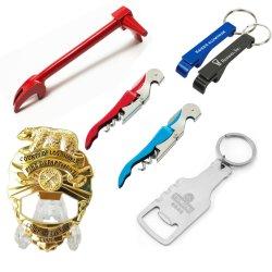 Zubehör-Metallkunst macht Überzug des Abzeichen-kundenspezifischen Multifunktionsgußteil-3D wir Militärmarkierungsfahnen-Adler-Andenken-fördernder Geschenk-Partei-Wein-Bierflasche-Öffner Keychain in Handarbeit