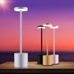 2020 Amazon hot sale rechargeables USB barre de gros de lampe de table Décoration de lampe de table à LED