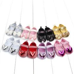 De in het groot Schoenen van de Ontwerper van de Baby van Jonge geitjes met de Schoenen van het Meisje van het Patroon van het Hart van de Partij van de Prinses van de Boog