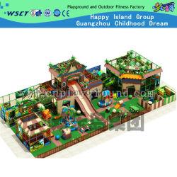Binnen Speelplaats met Het Stuk speelgoed van de Jonge geitjes van het Pretpark (H14-0721)