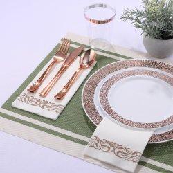 أدوات المائدة البلاستيكية بتصميم الأربطة