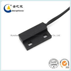 長方形の自動車部品のためのプラスチックによって形成される磁気リード近さスイッチかセンサーの磁気センサー