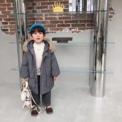"""الأطفال"""" S Winter Down Coat للفتيات وملابس الأولاد عوقة خارجية ذات قلنسوة مقاومة للماء وبلونين"""
