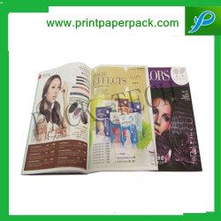 L'impression personnalisée Livre / Flyer / affiche Publicitaire / brochure et un magazine