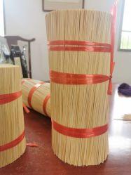 자연적인 인도 백단향 향이 대나무 향 지팡이에 의하여 를 위한 종교에게 향기로운 선 Aromatherapy 의식 대나무 지팡이 한다