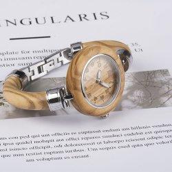 Die meiste populäre eindeutige Art-olivgrüne hölzerne Armband-Uhr für Dame