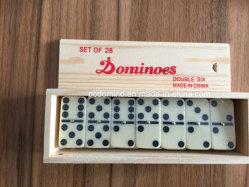 Двойной 6 пластмассовых Domino блоки в деревянный ящик