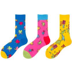 Gekämmte Baumwolllustiger Form-Mann-Großverkauf-glückliche Socken