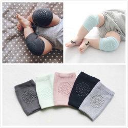 赤ん坊の這うことのためのスリップ防止膝パッド、男の子のための幼児のKneepadの保護カバーおよび女の子