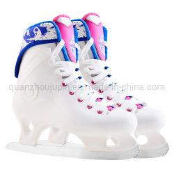 Niveau d'entrée en plastique OEM chaussures de patinage artistique