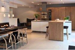 Gutes Projekt-stilvolle festes Holz-Küche-Schränke mit elektrischen Zug-Körben