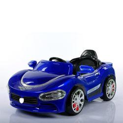 Plastic Materiaal Kids Toy Electric Car Ride on Car met Afstandsbediening en LED-koplamp