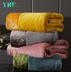 중국 도매 가정 제품 밍크 Flannel 양털 모직은 최고 연약한 견면 벨벳 Raschel 산호 담요를 덮는다