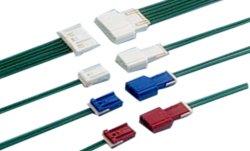 Hauteur de 1,0 mm à 4 broches de faisceau de fils du connecteur en plastique