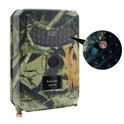 En el exterior de la Cámara de caza de animales salvajes 12 MP Detector Trail HD de la cámara de vigilancia impermeable de visión nocturna con detección de calor infrarrojo