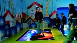 Gooest interaktive Projektor-Spiele Dynamictrampoline für Familien-Mitte
