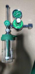 Regulador de oxigeno con vaso humidificador