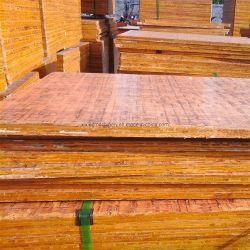 Лист фанеры из бамбука и деревянные платы/доска из ПВХ используется для кирпичных блоков машины