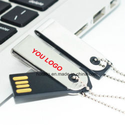 La moda y giro de la unidad flash USB con Logo con llavero