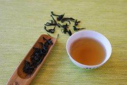 Klassischer Wuyi Felsenwu-langer Tee