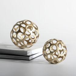 독특한 현대 홈 아트, Ball Pairs Brass Bronze의 공동화 거실을 위한 테이블 장식