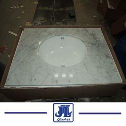 A vaidade de mármore polido Topo branco para casa de banho Carrara