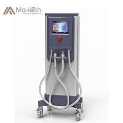 Les femmes utilisent la peau de levage de massage portable Bio Microneedle RF Cryo thérapie Machine faciale