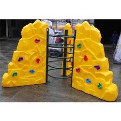 La parete rampicante professionale scherza i giocattoli del bambino utilizzati pareti di scalata di roccia del cortile da vendere l'adulto