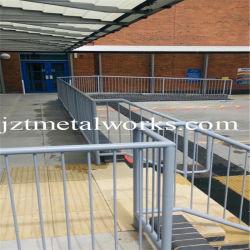 Металлические ограждения защитное ограждение алюминиевая лестница в топливораспределительной рампе поручень сталь поручень стальной магистрали