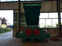 桟橋の粉砕機の製造業者の生物量の発電所のための指示販売の木製の切断装置