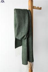 De klassieke Sjaal van de Visgraat van de Wol van het Kasjmier van de Stijl